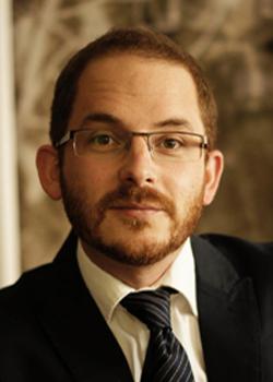 Dr. Stelzel Viktor ügyvéd